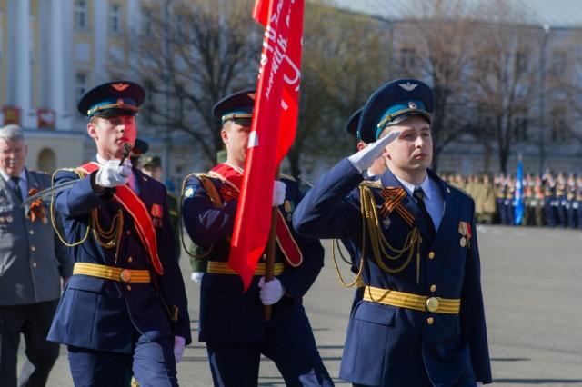 р-н в ярославле прошла репетиция парада победы 2016 желанию комнату хозяева