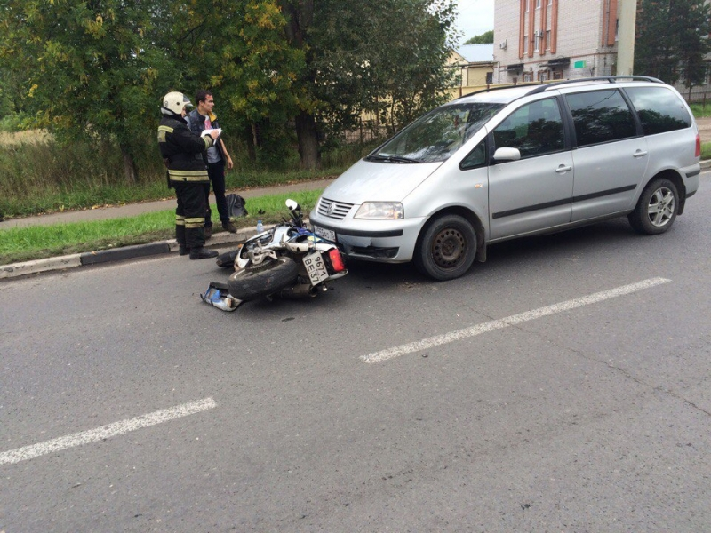 Втройном ДТП вБрагино пострадал мотоциклист