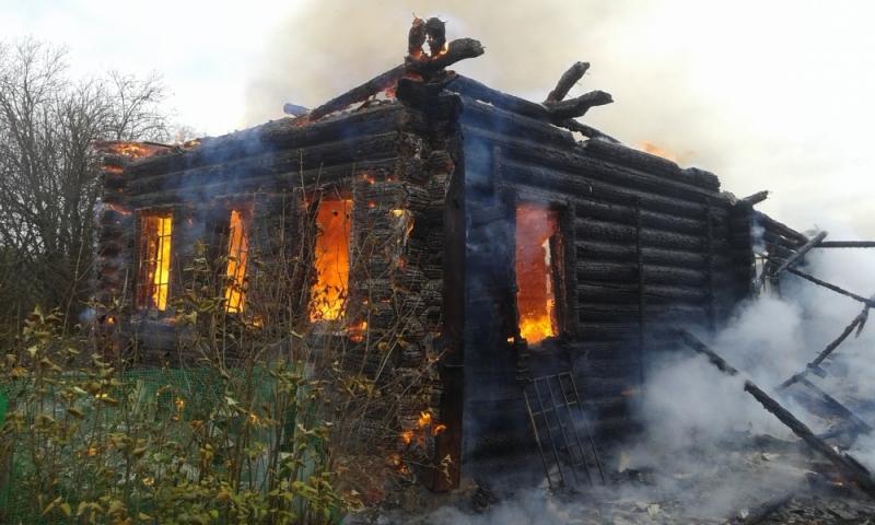 ВЯрославской области впожаре умер мужчина