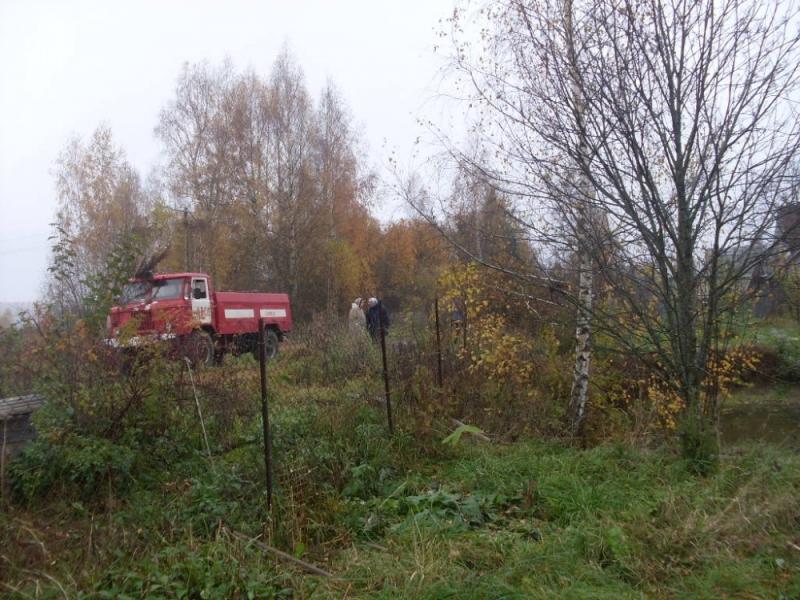 Бабушка ивнук погибли впроцессе пожара вДаниловском районе