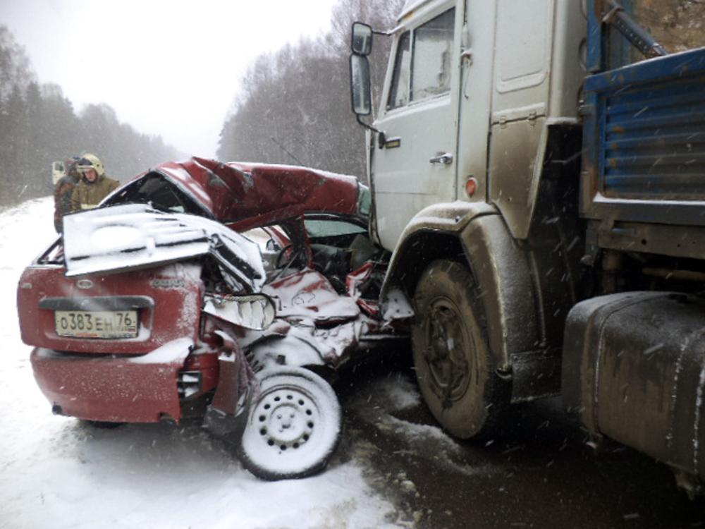 ВДТП надороге «Ярославль-Углич» погибла женщина