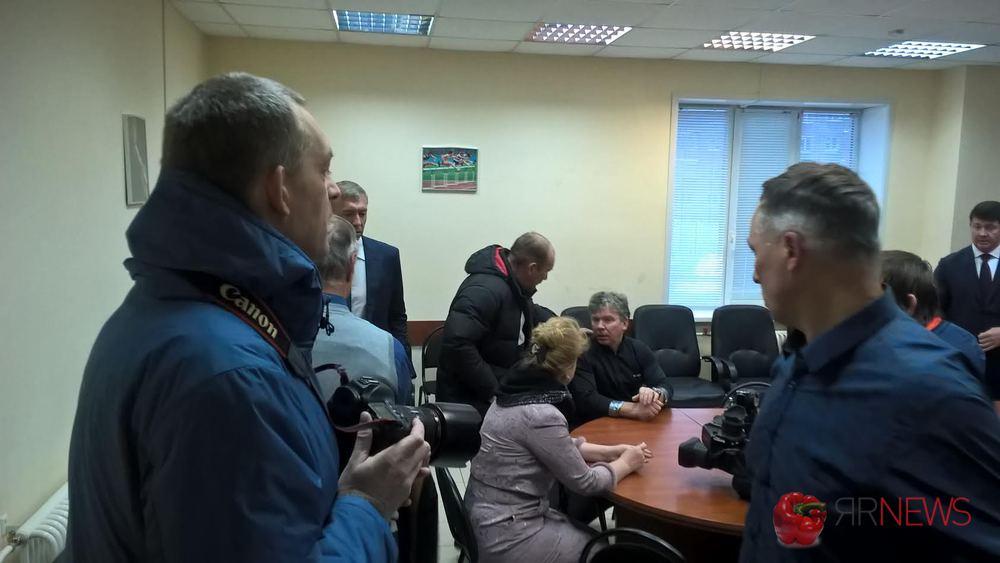 ВЯрославле упал купол легкоатлетического манежа, пострадавших нет