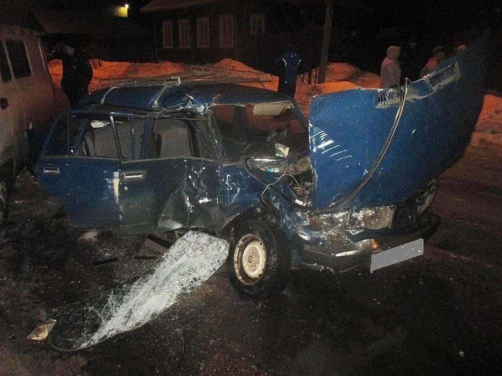 НаОктябрьской вУгличе врезультате дорожно-траспортного происшествия умер мужчина