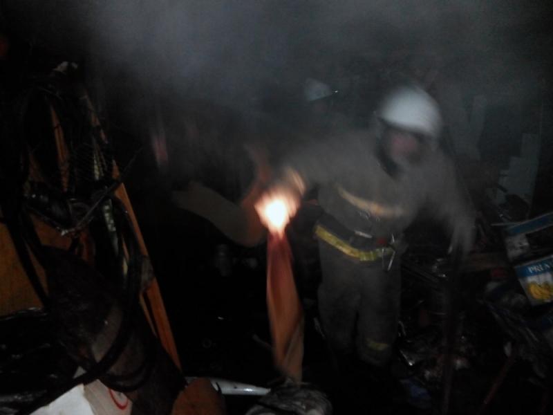 НаЛенинградском проспекте вЯрославле горел ремонтный цех