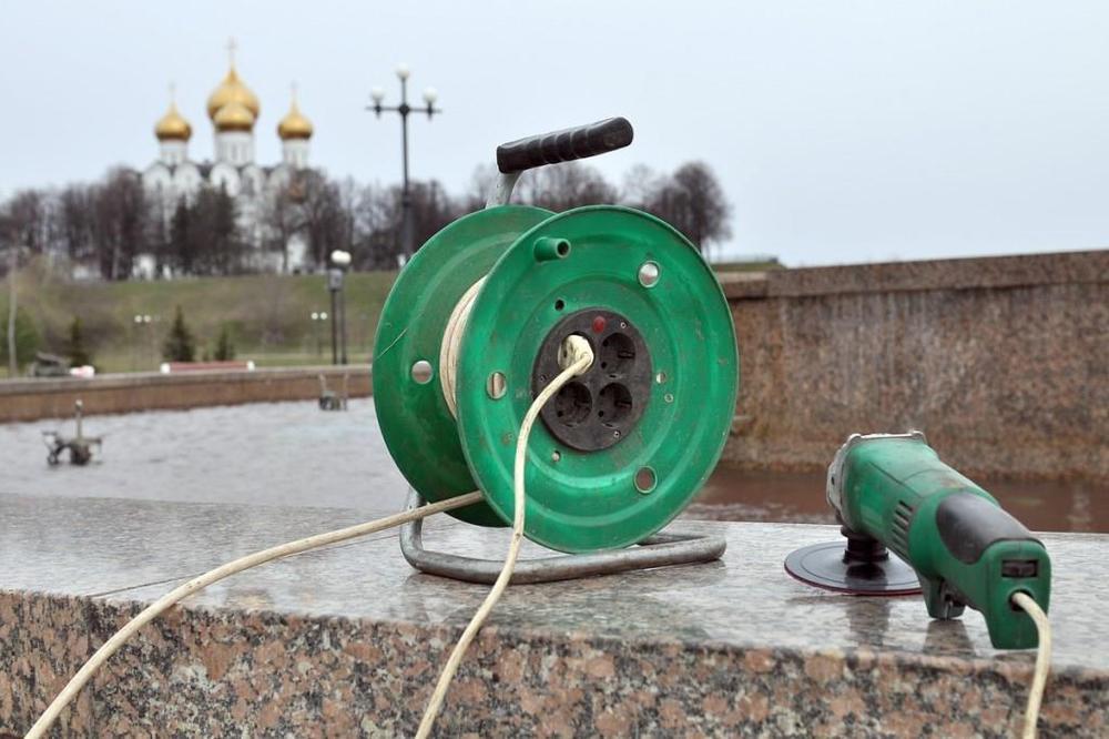 Фонтаны наСтрелке вЯрославле заиграют цветными огнями