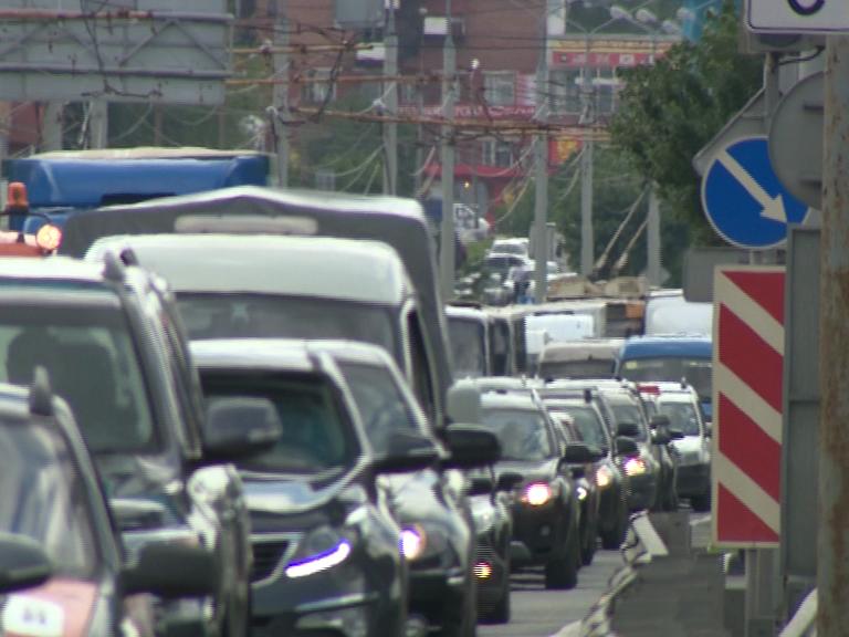 Авария cучастием троллейбусов парализовала движение наМосковском проспекте вЯрославле