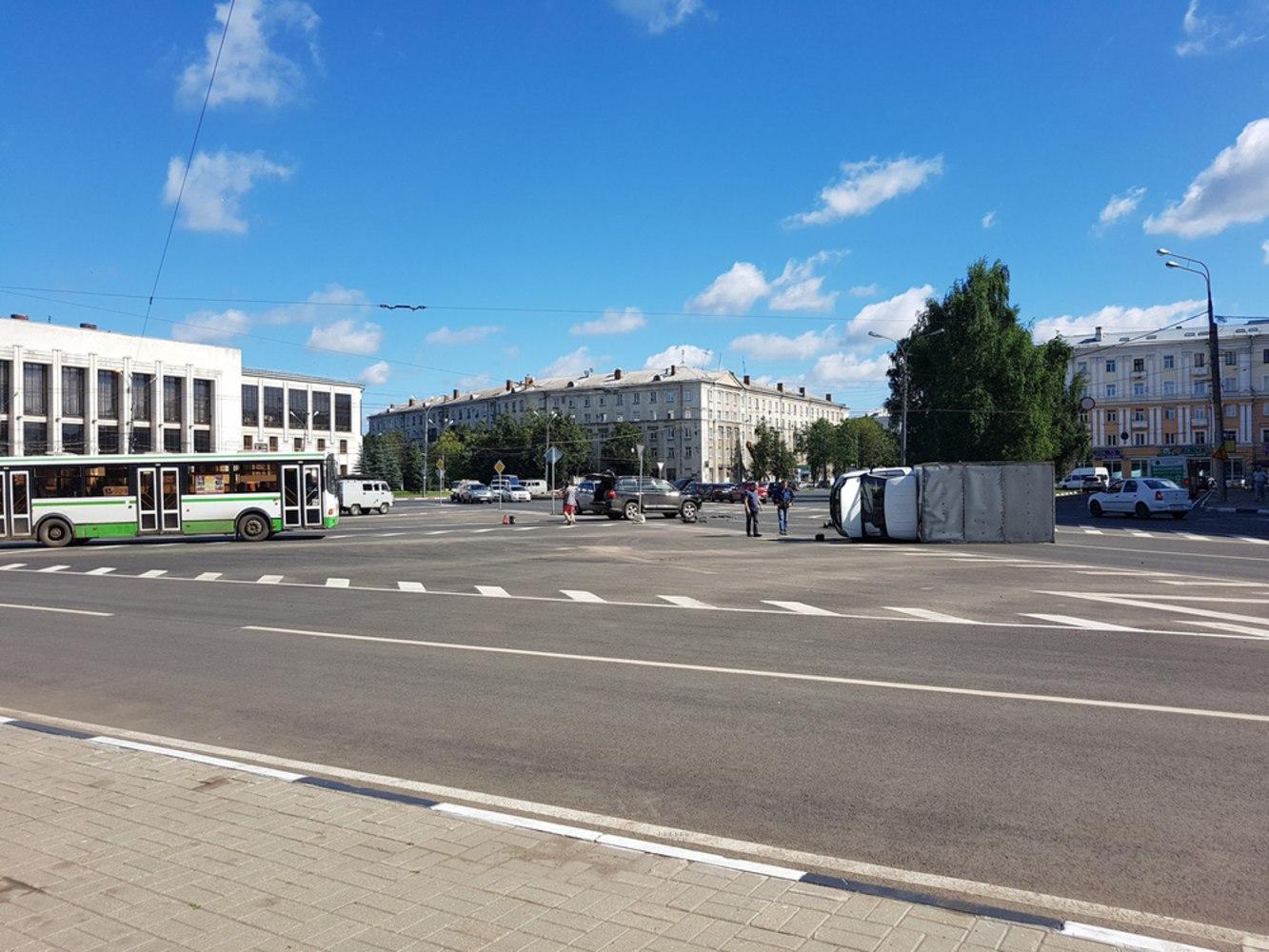 Фото заводоуковск привокзальная площадь фасадов