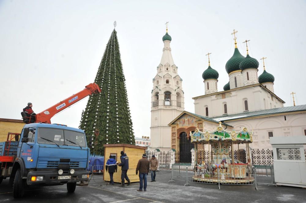 Новогодняя ярмарка вцентре Ярославля откроется раньше, чем планировалось
