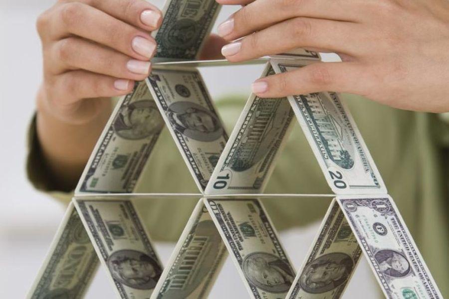 Ликвидирована 'финансовая пирамида', нанесшая ущерб более 1 млрд рублей
